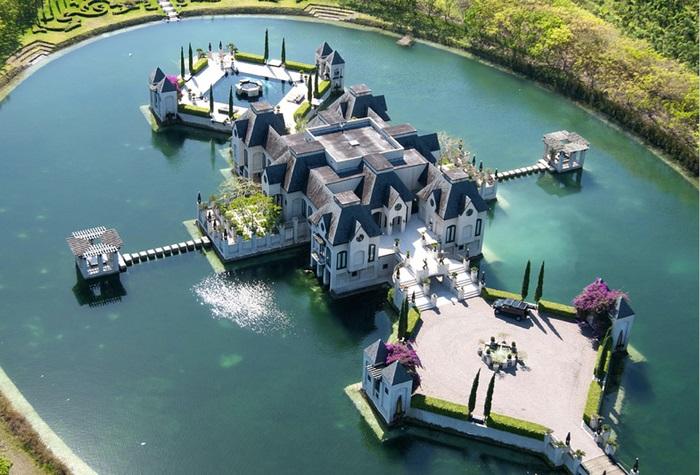Самые невероятные частные дома в мире, 60 фото