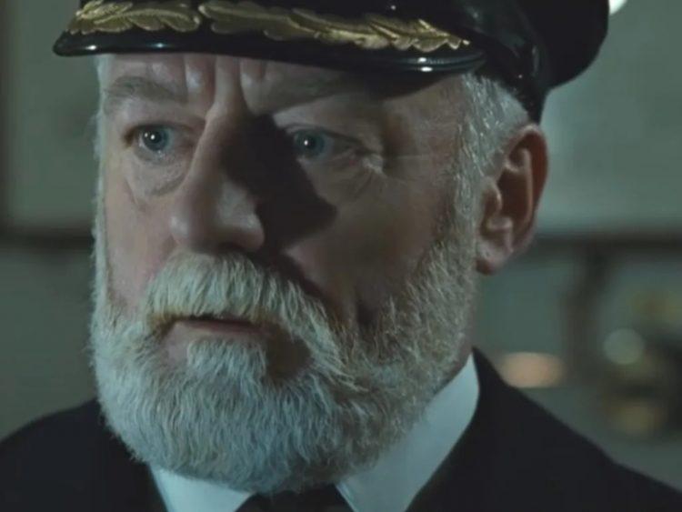 Captain Edward Smith_aktor Bernard Hill