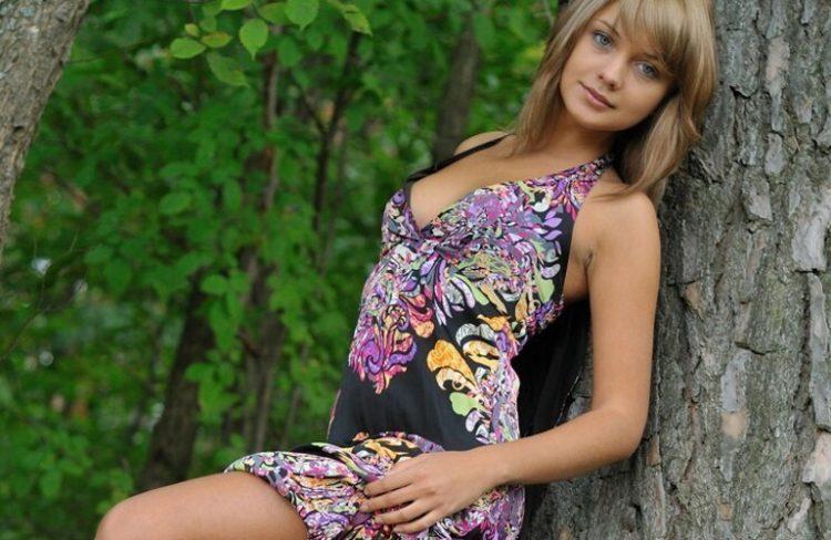 Самые красивые фото девушек в летних платьях